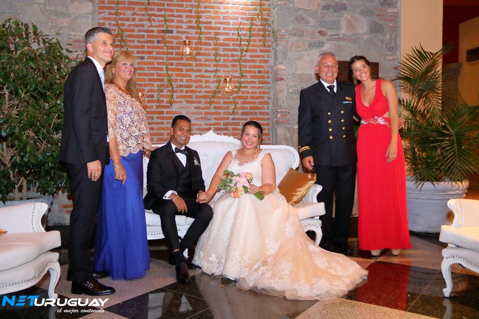 Bodas de Destino en Uruguay: Laurence y Hellen llegaron desde Singapore para casarse en Jacksonville