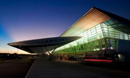 El Poder Ejecutivo renovó la concesión al Aeropuerto de Punta del Este