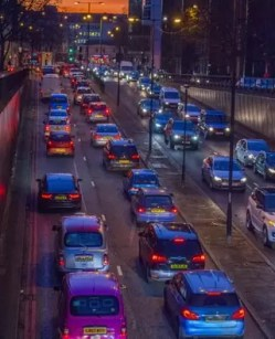 switch off your car when stuck in a traffic jam
