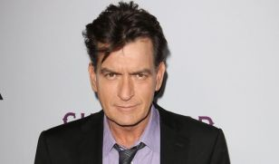 charlie-sheen-networth-salary-house-cars-wiki