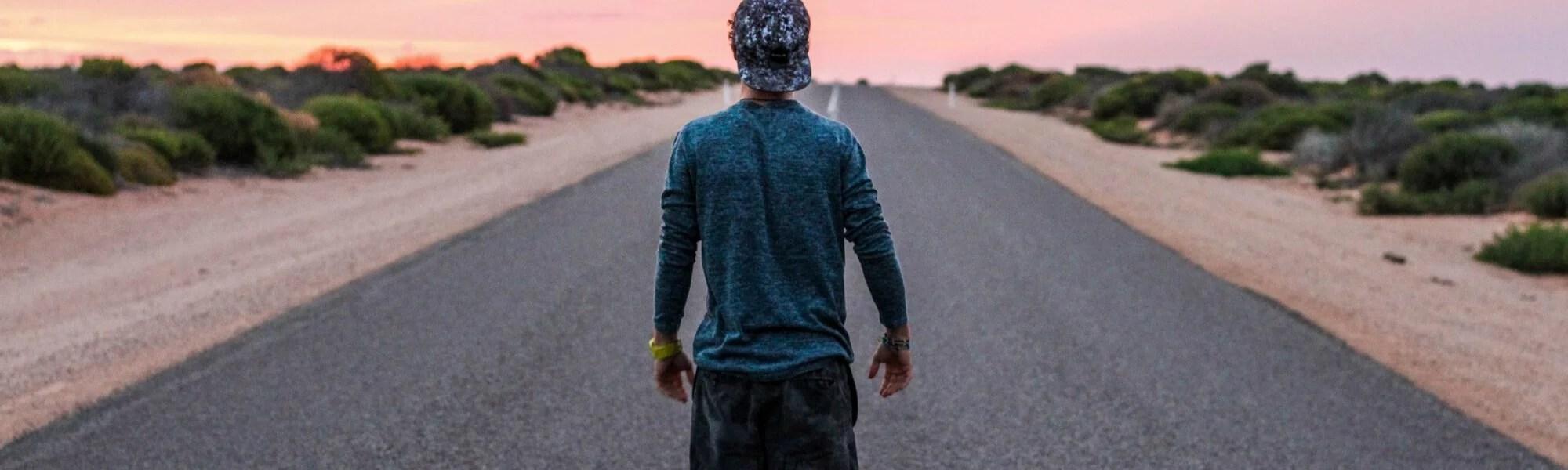 Sonnenaufgang - Aufbruch  - mit Geist