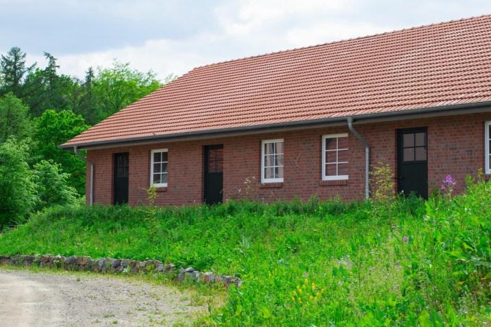 Neubau - Frontansicht vom Innenhof