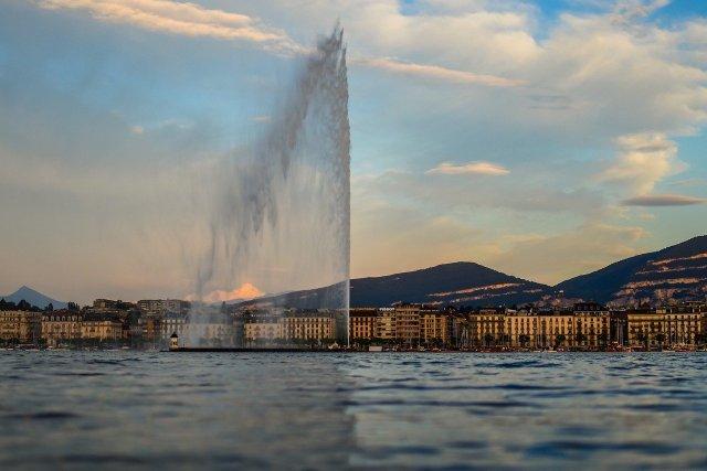 Genf vom See aus