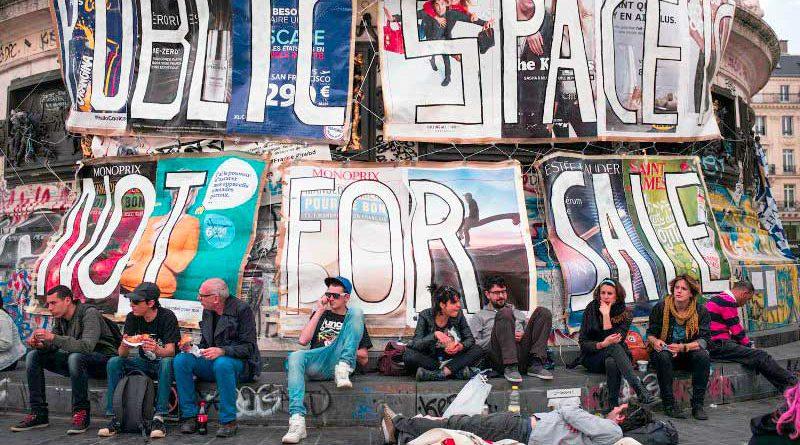 Nuit Debout wendet sich in Frankreich gegen das herrschende neoliberale System und fordert einen gesellschaftlichen Wandel.