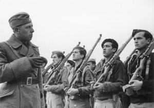 Bundesarchiv_Bild_183-E20569-21,_Spanien,_Ausbildung_durch_-Legion_Condor