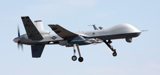 Eine MQ-9 Reaper Kampfdrohne. Foto der U.S. Air Force von Paul Ridgeway. Gemeinfrei.