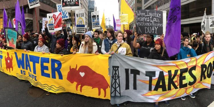 It Takes Roots to Grow the Resistance vereint vier große Allianzen von Grasswurzelaktivisten und sozialen Bewegungen. Foto: ittakesroots.org