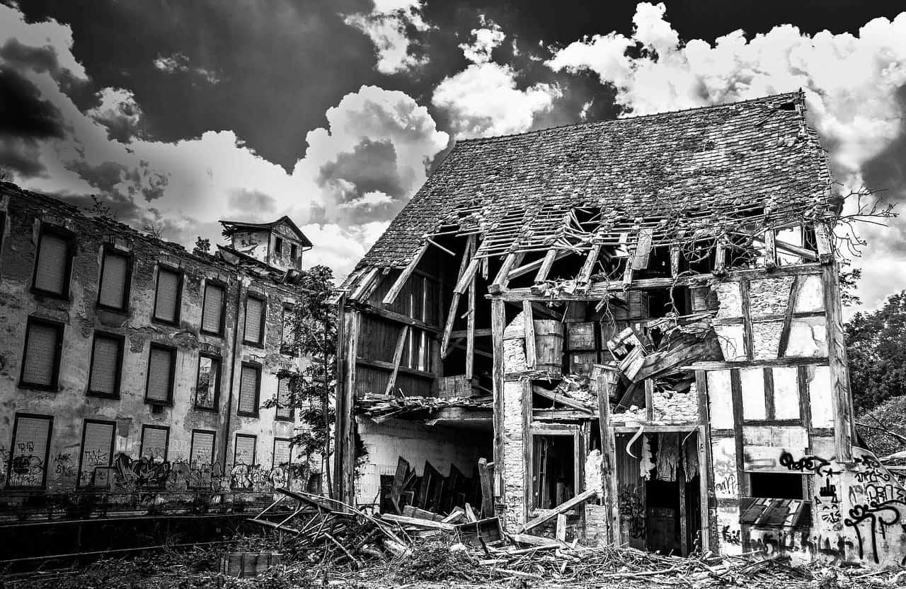 Ruine Altes Haus Roland Mey, Pixabay, Creative Commons CC0.