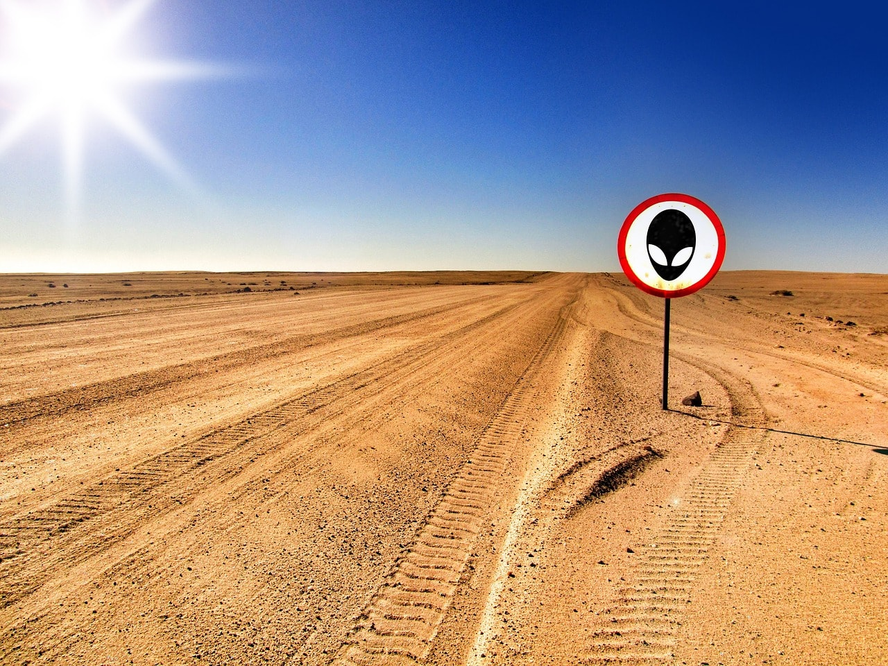 Area 51 by NeuPaddy; pixabay.com; Creative Commons CC0