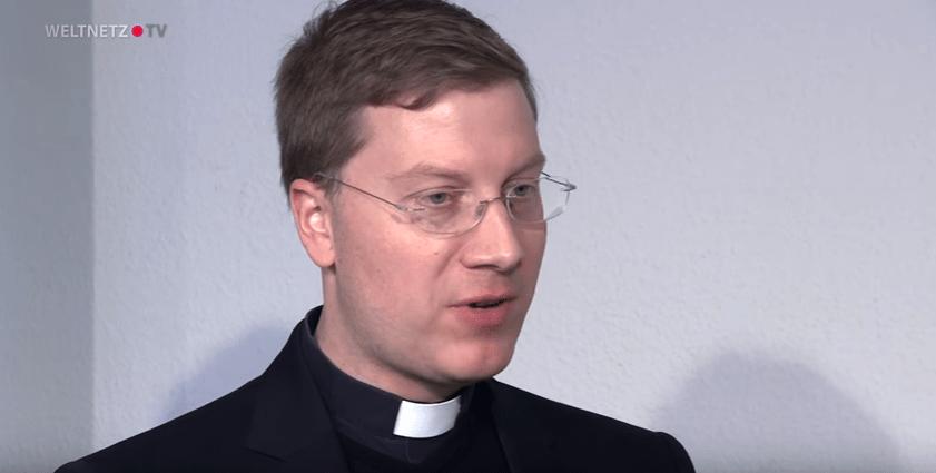 Interview von Weltnetz.TV mit Pfarrer Peter Fuchs