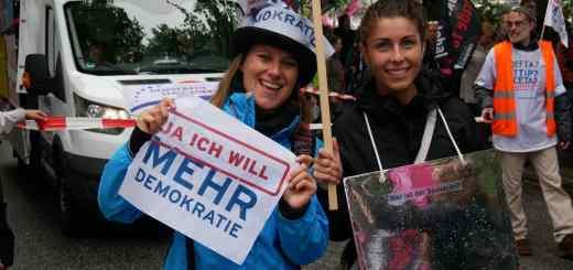 Friedlicher Protest bei G20 in Hamburg.