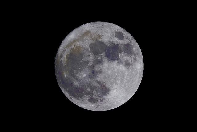 Der Mond. (Foto: Neven Krcmarek, Unsplash.com)