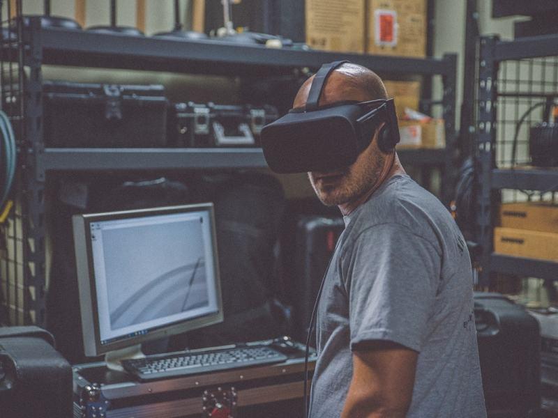 Industrie 4.0: Die technologische Revolution frisst die Jobs langsam