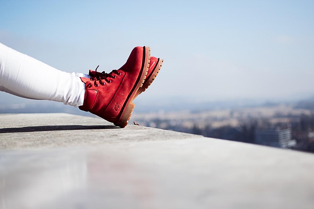 Red Boots. (Foto: Amadeo Muslimovic, Unsplash.com)