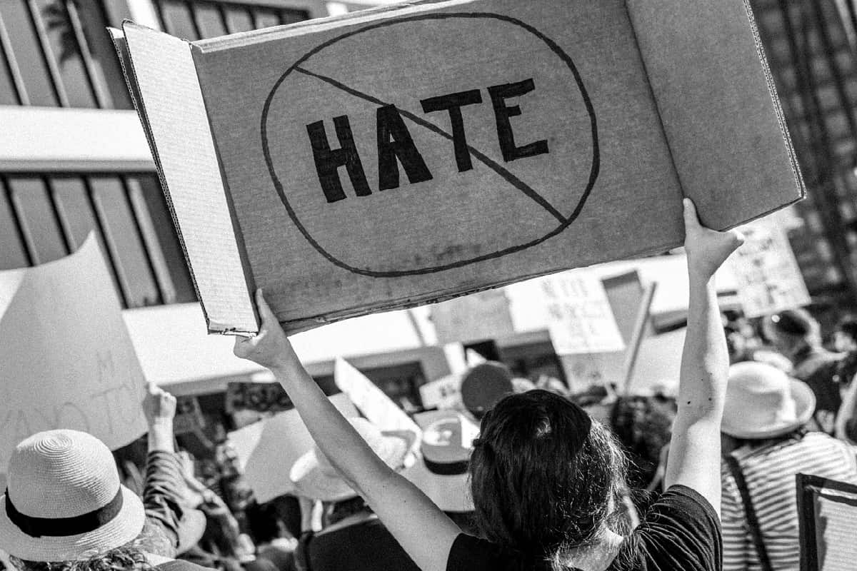 No Hate. (Foto: T. Chick McClure, Unsplash.com)
