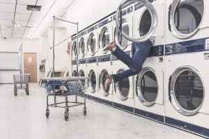 Waschanlage. (Foto: Ryan McGuire, Pixabay.com, Creative Commons CC0)