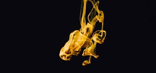Farbe hat Symbolik. Gelb steht für Widerstand und Schwarz für Krieg. (Foto: Chuttersnap, Unsplash.com)