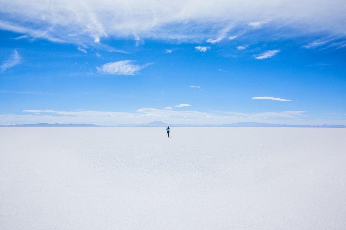 Der Weg zum ewigen Frieden ist weit. (Foto: Elaine Casap, Unsplash.com)