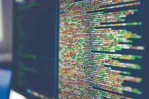 Bit-Revolution von Gernot Brauer dreht sich um Big Data. Code on computer monitor. (Symbolfoto: Markus Spiske, Unsplash.com)