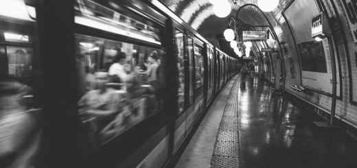 Die Pariser Metro wird von RATP organisiert und betrieben. (Foto: Lee Blanchflower, Unsplash.com)