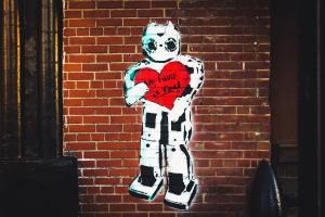 Die ideologische Mobilmachung gegen Russland erfolgt nicht in unserem Namen! My Love Is Real Artwork, Cleveland, United States. (Symbolfoto: DJ Johnson, Unsplash.com)