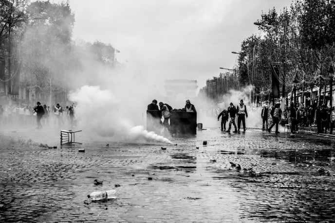 Die Bewegung der Gilets Jaunes will sich in Frankreich die Straßen zurückerobern. (Symbolfoto: Cerveaux non disponibles)
