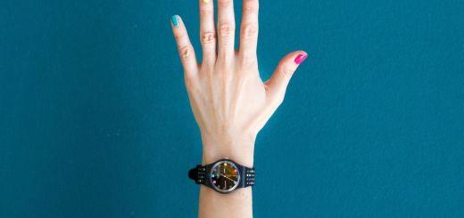 Das Leben ist bunt wie farbige Fingernägel. (Symbolfoto: Analia Baggiano, Unsplash.com)