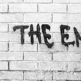 The End is handwritten. Die Welt an der Schwelle zur Unordnung. (Foto: Crawford Jolly, Unsplash.com)
