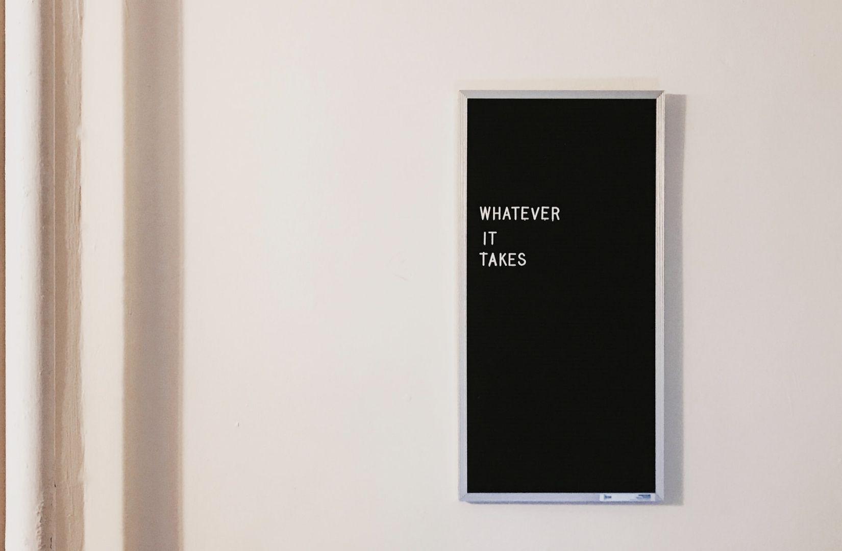 Whatever it takes. Das Recht zu leben, steht allen Menschen zu. (Foto: Jon Tyson, Unsplash.com)