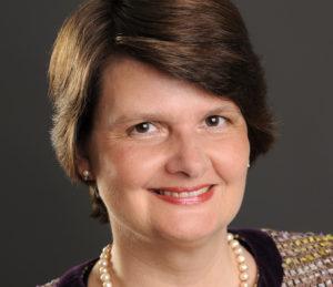 Claudia Lücking-Michel (59), Vizepräsidentin des Zentralkomitees der deutschen Katholiken (ZdK), und die Parlamentarische Staatssekretärin im Entwicklungsministerium, Maria Flachsbarth (57), wollen im November nicht für die Nachfolge von ZdK-Präsident Thomas Sternberg (69) kandidieren.