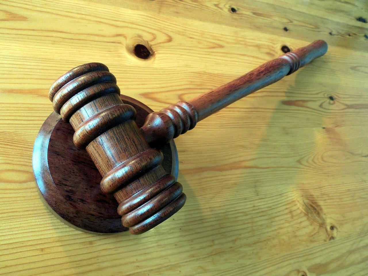 Das Kölner Landgericht hat im Missbrauchsprozess gegen Pfarrer U. aus dem Erzbistum Köln 20 Verhandlungstermine angesetzt.