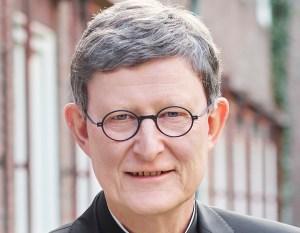 """Als """"jahrzehntelange Aneinanderreihung schwerer Fehler"""" hat der Kölner Kardinal Rainer Maria Woelki den Umgang mit einem zweimal wegen Missbrauchs verurteilten Priester bezeichnet. Dessen wiederholter Einsatz in der Seelsorge - auch unter Woelkis Vorgänger Joachim Meisner - sei """"absolut unverantwortlich"""" gewesen, sagte er am Donnerstag dem kirchlichen Kölner Internetportal domradio.de. Dafür müssten Verantwortliche """"herausgefunden und benannt werden"""". Er habe den von ihm mit einem neuen Missbrauchs-Gutachten beauftragten Kölner Strafrechtler Björn Gercke gebeten, die Frage der Verantwortung besonders in diesem Fall zu klären."""