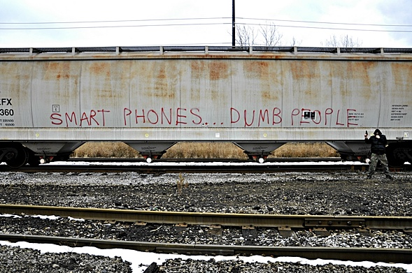 Smart phones dumb people 12ozprophet.com