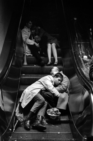 © Leonard Freed – New Year's Eve, Grand Central Station, NYC, 1969