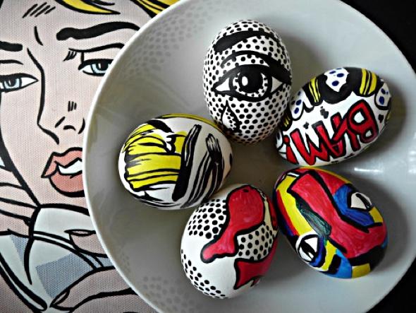 painted eggs ©artclubblog.com