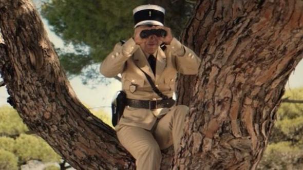 """""""Der Gendarm von St. Tropez"""" aus dem Jahr 1964, im frühen 21. Jahrhundert."""