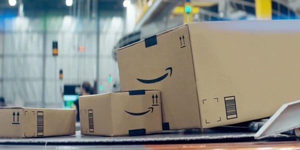 Amazon mit 'Give a little bit'