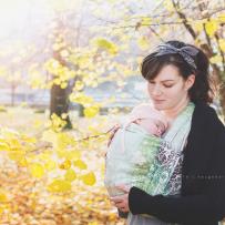 Fotoshooting mit Baby-Tragetuch