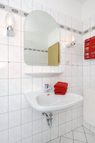 Waschtisch-681x1024