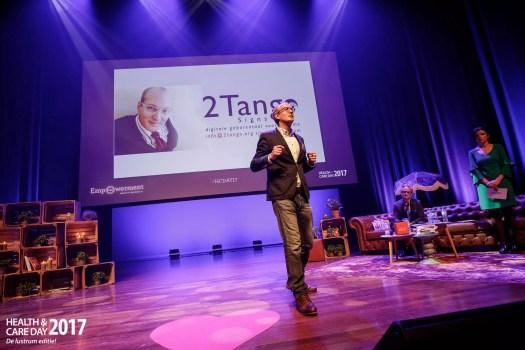 DIT.... is uw uitnodiging!!! Tjerk Feitsma presenteert 2Tango.Signs aan 400 professionals