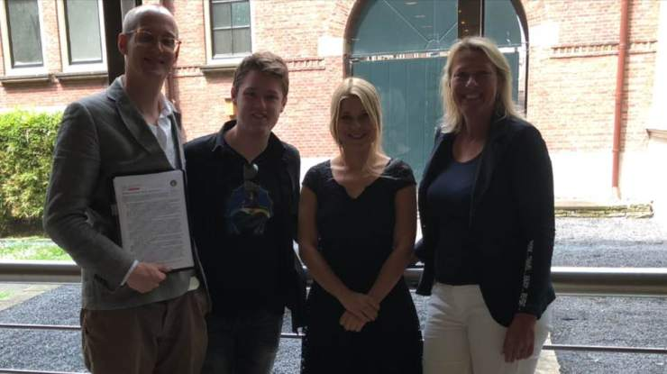 Autismevoorstellen aan Tweede Kamerlid - met Merlijn, Tjerk en Saskia