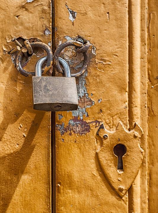 padlock-172770_960_720.jpg