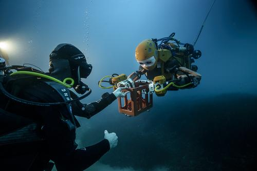 Humanoid Robot Diver Finds Lost Treasure, Will Explore Ocean