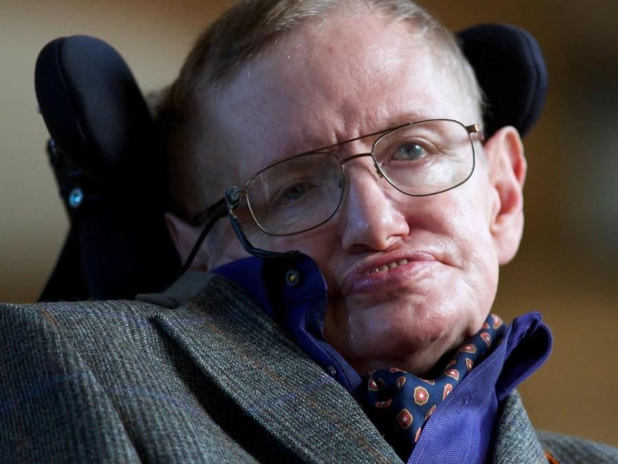 Stephen Hawking: 'Brexit threats humanity'