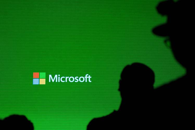 Microsoft Centralizes Artificial Intelligence Efforts as Executive Steps Down