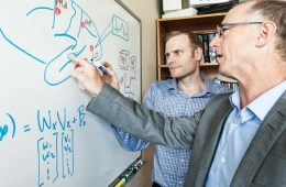 This image shows Jason Gallivan (l) and Randy Flanagan are exploring how the human brain works.