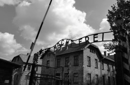 This shows a the sign outside Auchwitz.
