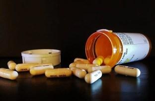 Image shows antibiotic pills.