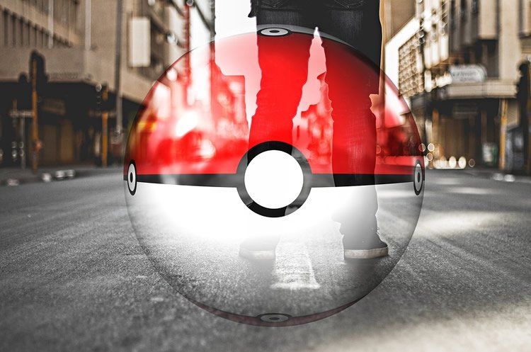 Image shows a pokemon ball.