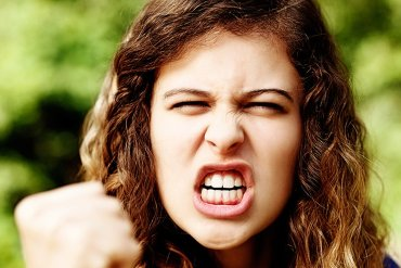 this is an angry teen girl